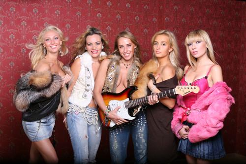 Женские музыкальные поп группы и их песни